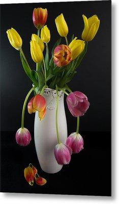 Spring Tulips In Vase Metal Print