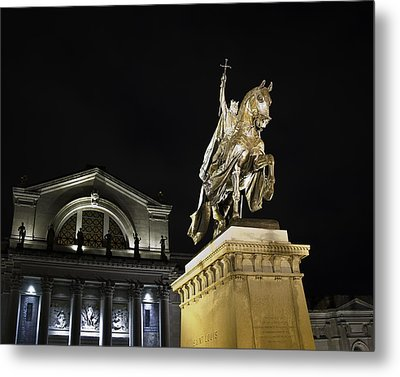 St Louis Art Museum With Statue Of Saint Louis At Night Metal Print by David Coblitz