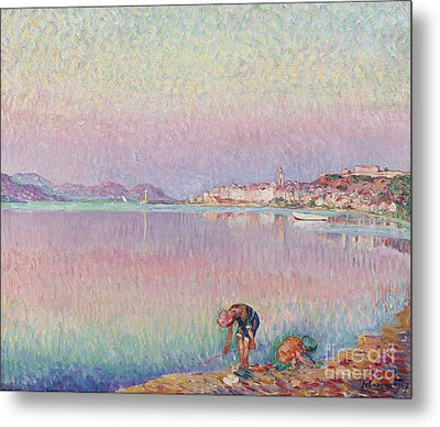 St Tropez. Two Kids By The Water Metal Print