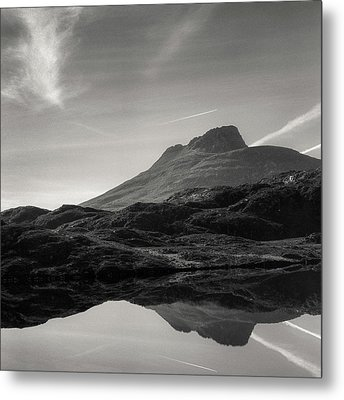 Stac Pollaidh Reflection Metal Print by Dave Bowman