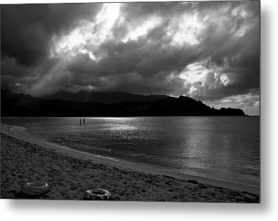 Stand Up Paddlers In Stormy Skies Metal Print by Lennie Green
