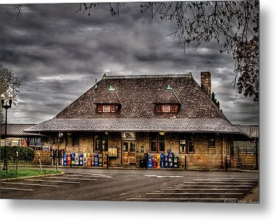Station - Westfield Nj - The Train Station Metal Print by Mike Savad