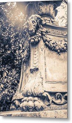 Statue In Bryant Park Nyc Metal Print