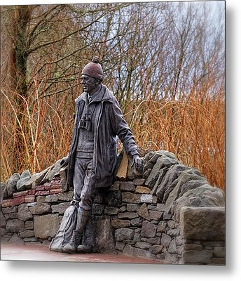 Statue Of Tom Weir Metal Print by Jeremy Lavender Photography