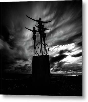 Statue Metal Print by Stelios Kleanthous