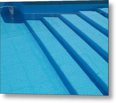 Metal Print featuring the photograph Steps In The Pool by Michael Canning