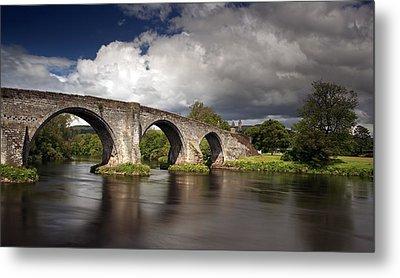 Stirling Bridge Metal Print by Grant Glendinning