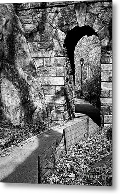 Stone Arch In The Ramble Of Central Park - Bw Metal Print