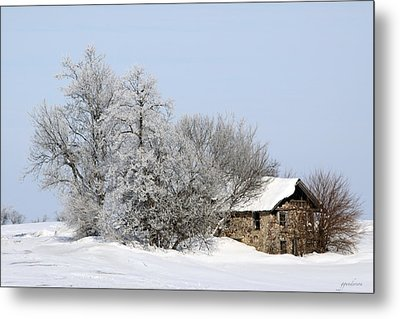 Stone House In Winter Metal Print by Gary Gunderson