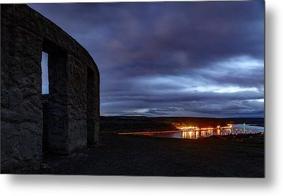 Metal Print featuring the photograph Stonehenge And The Columbia by Cat Connor