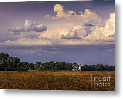 Storm A Coming Metal Print by Marvin Spates