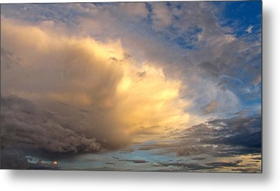 Storm Approach Metal Print by Sean Griffin