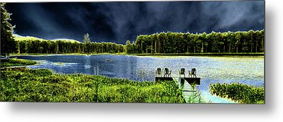 Metal Print featuring the photograph Storm Approaching The Pond by David Patterson