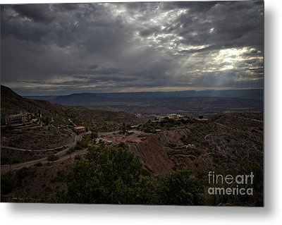 Metal Print featuring the photograph Storm Clouds And Suns Rays Jerome Az by Ron Chilston