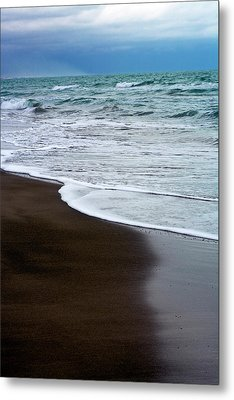 Metal Print featuring the photograph Storm Coast by Frank Tschakert