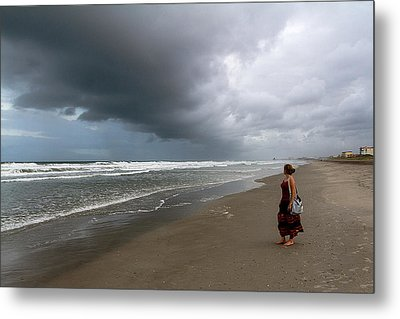 Metal Print featuring the photograph Storm's Coming by Ron Dubin