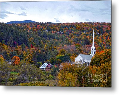 Stowe Vermont In Autumn Metal Print by Catherine Sherman