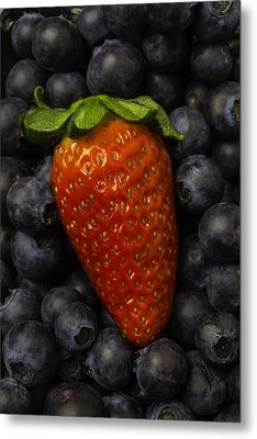 Strawberry With Blueberries Metal Print by Garry Gay