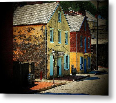 Street In Harper's Ferry Metal Print by Joyce Kimble Smith