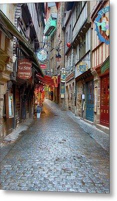 Street Le Mont Saint Michel Metal Print