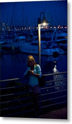 Street Light Texting Metal Print by Tom Dowd