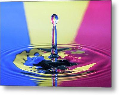 Stripped Water Drop Metal Print