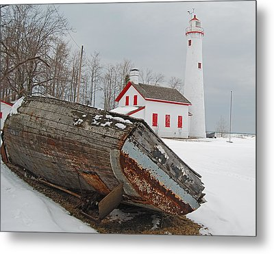 Sturgeon Point Lighthouse Metal Print by Michael Peychich