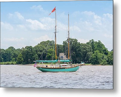 Metal Print featuring the photograph Sultana On The Chester by Charles Kraus