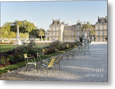 Summer Day Out At The Luxembourg Garden Metal Print
