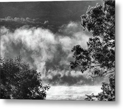 Metal Print featuring the photograph Summer's Leaving by Steven Huszar