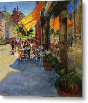 Sun And Shade On Amsterdam Avenue Metal Print by Peter Salwen