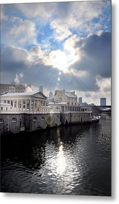 Sun Burst Over The Fairmount Water Works Metal Print by Bill Cannon