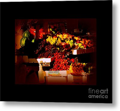 Sun On Fruit - Markets And Street Vendors Of New York City Metal Print by Miriam Danar