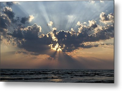 Sun Rays Metal Print by Peter Chilelli