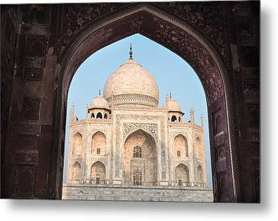 Sunrise Arches Of The Taj Mahal Metal Print
