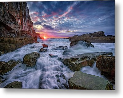 Sunrise At Bald Head Cliff Metal Print by Rick Berk
