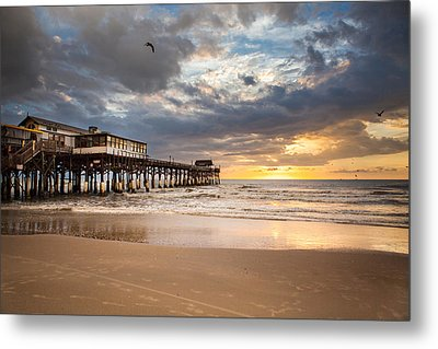 Sunrise At Cocoa Beach Pier Metal Print by Will Tan