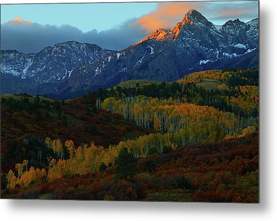 Metal Print featuring the photograph Sunrise At Dallas Divide During Autumn by Jetson Nguyen