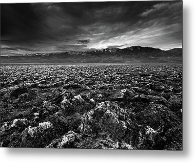 Sunrise At Devil's Golf Course, Death Valley, Deat Metal Print by David Kiene