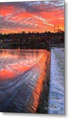 Sunrise At The Dam Metal Print by Robert Pearson