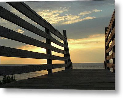 Sunrise Metal Print by David Stasiak