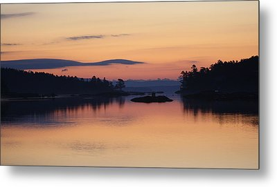 Metal Print featuring the photograph Sunrise In Blue Hill IIi by Greg DeBeck