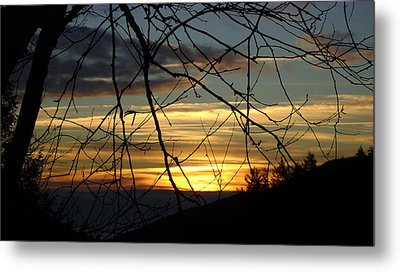 Sunrise In Fracture Metal Print