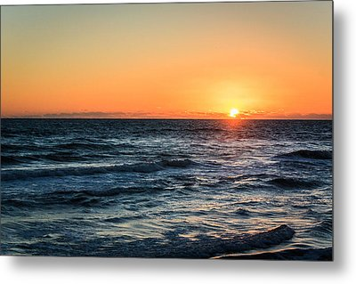Sunrise In Nags Head Metal Print by Joni Eskridge