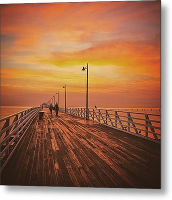 Sunrise Lovers Metal Print