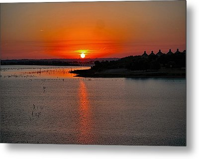 Metal Print featuring the photograph Sunrise Over Lake Ray Hubbard by Diana Mary Sharpton