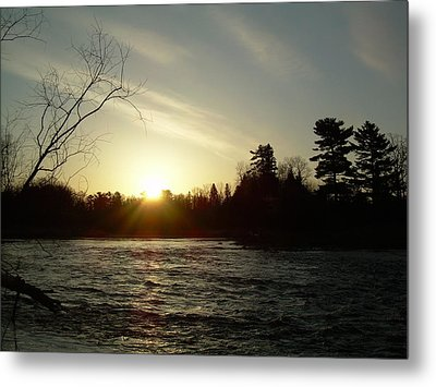Metal Print featuring the photograph Sunrise Over Mississippi River by Kent Lorentzen