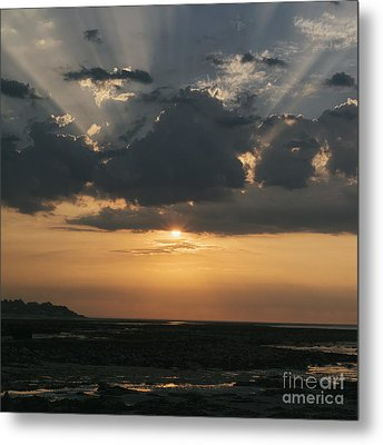Sunrise Over The Isle Of Wight Metal Print