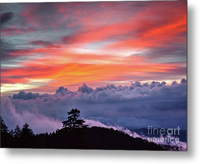 Metal Print featuring the photograph Sunrise Over The Smoky's II by Douglas Stucky