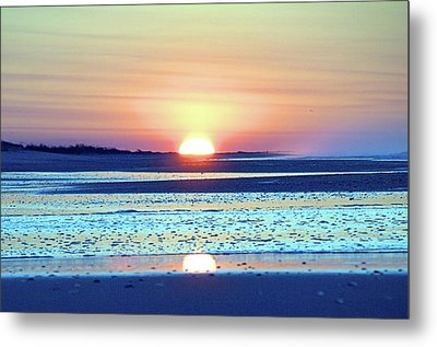 Sunrise X I V Metal Print by Newwwman